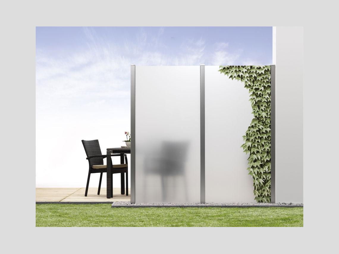 sicht und windschutzw nde aus glas glas r lle. Black Bedroom Furniture Sets. Home Design Ideas